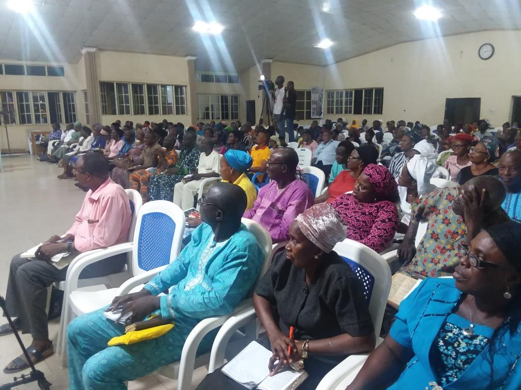 DIVINE ENCOUNTER WITH THE GLORY OF GOD